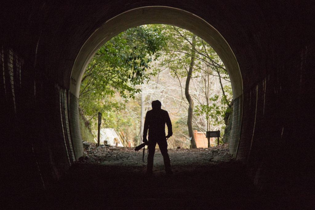 武田尾廃線敷のトンネルにてポートレート