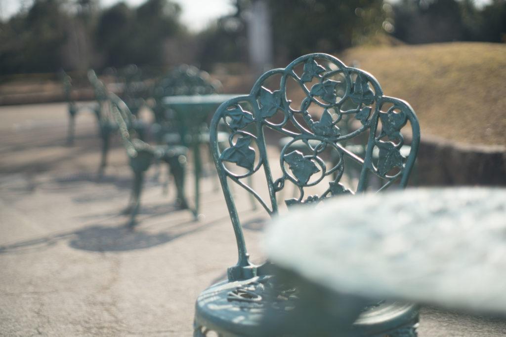 兵庫県立フラワーセンターのベンチ