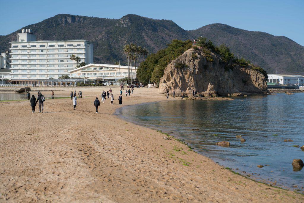 約束の丘展望台とホテル