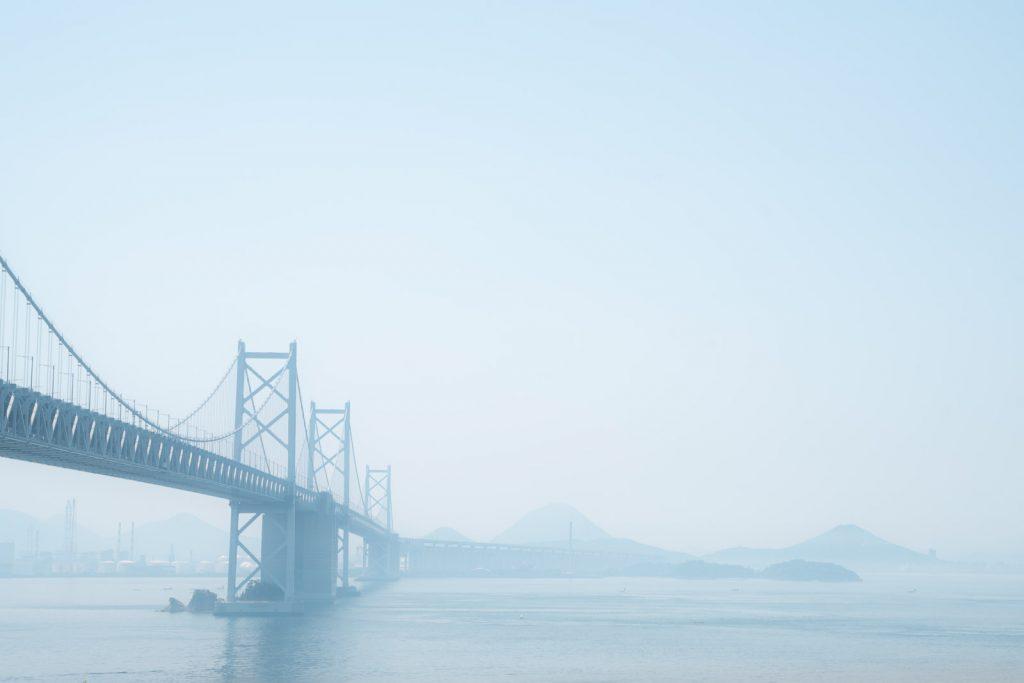 与島PA展望台から四国を眺める