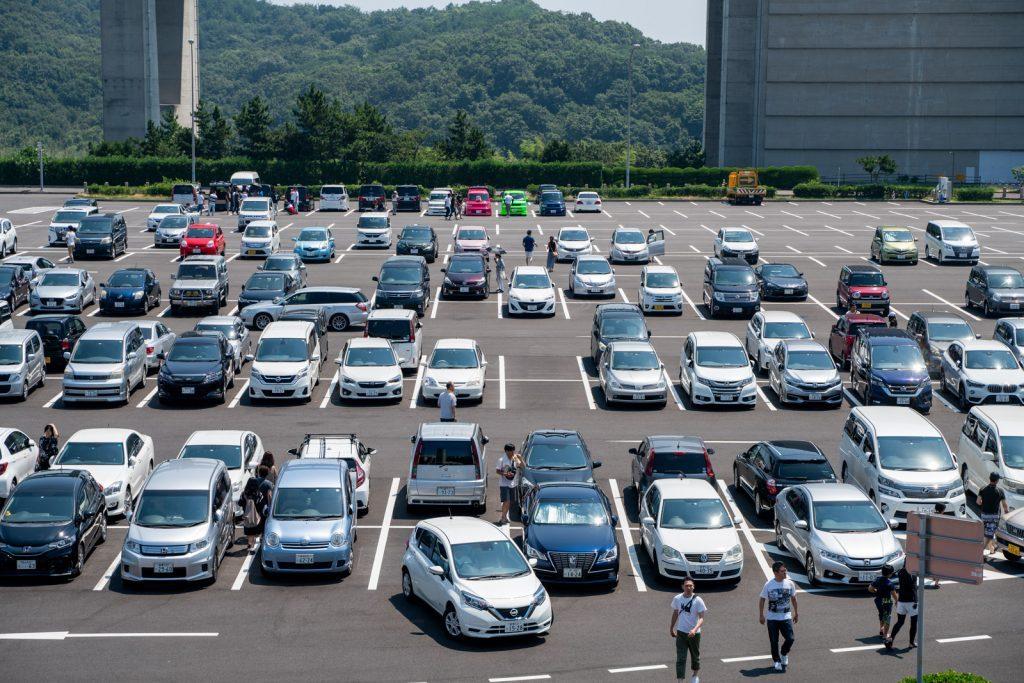 与島PA駐車場