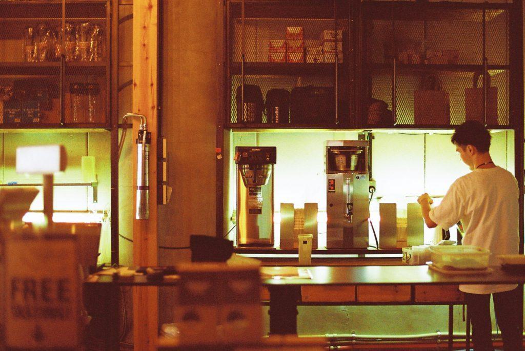 タカムラコーヒーのスタッフ
