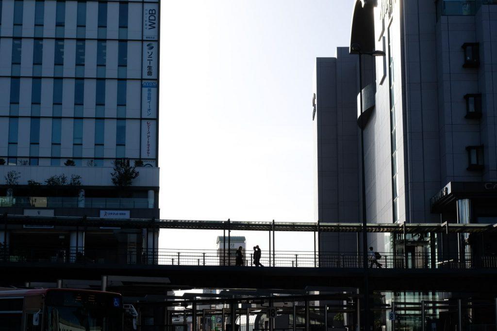 姫路駅前シルエット