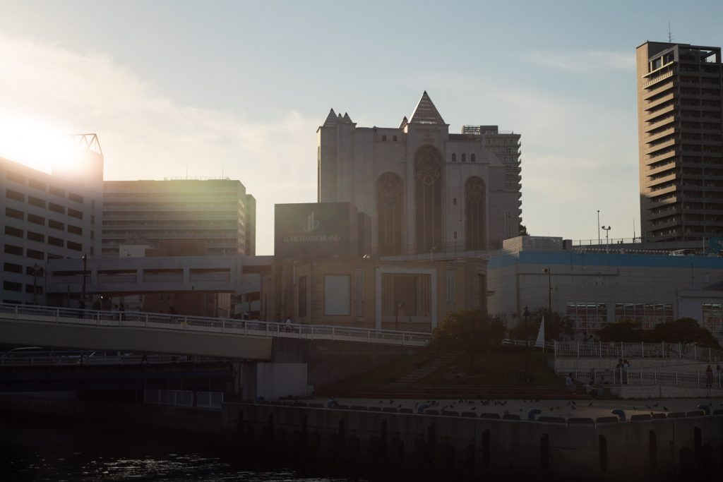 夕日と洋館