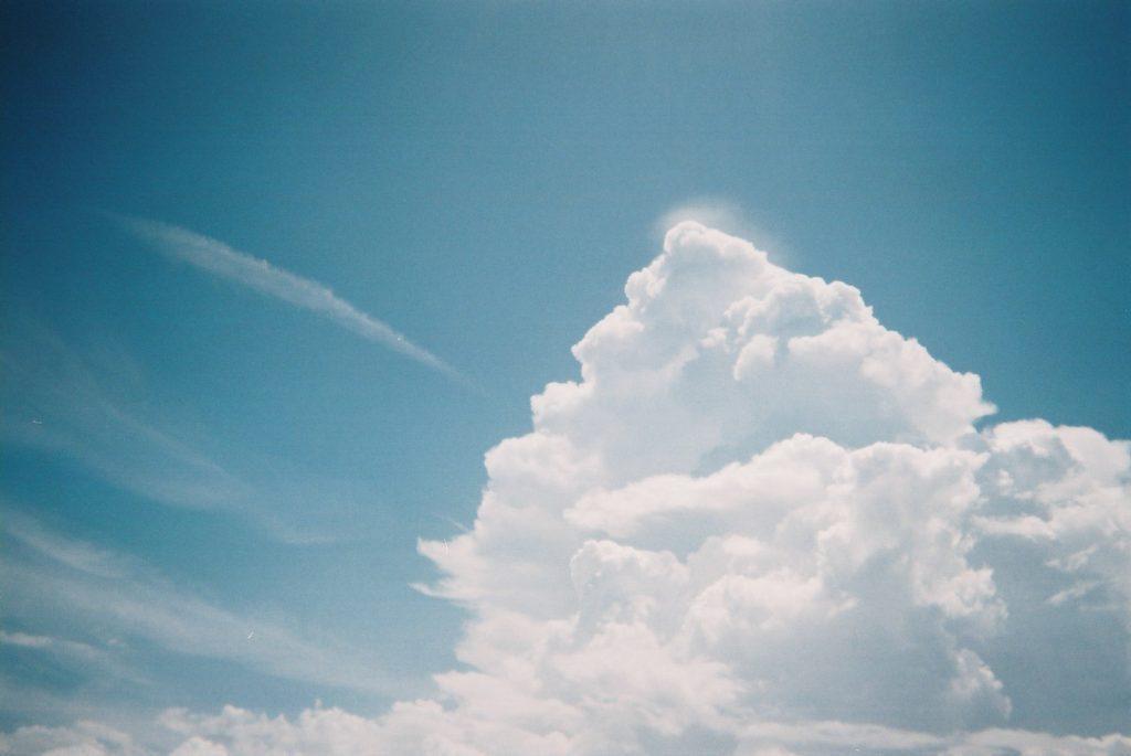 大きな入道雲