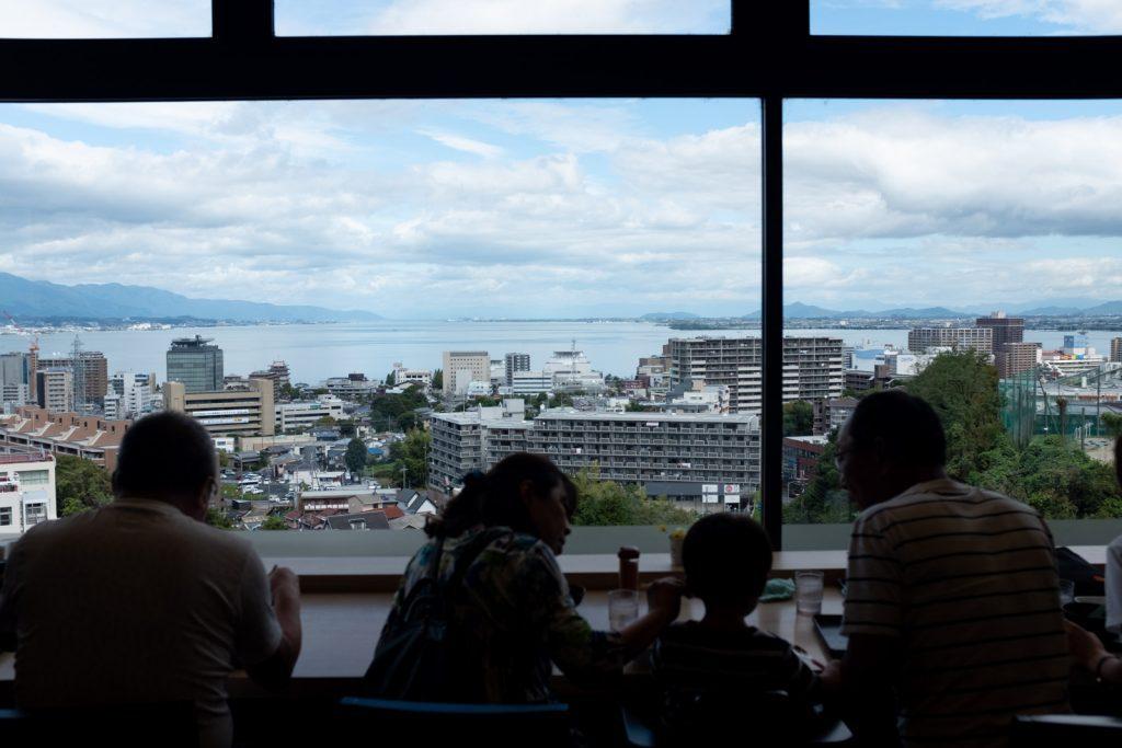 琵琶湖が見えるSA