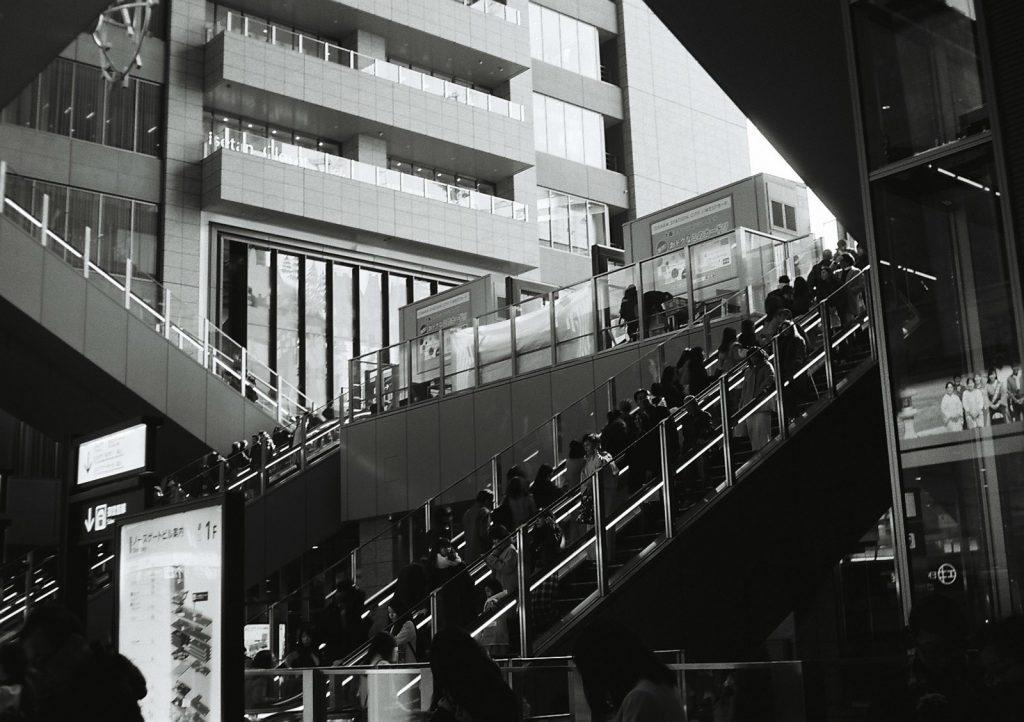 大阪駅のエスカレーター
