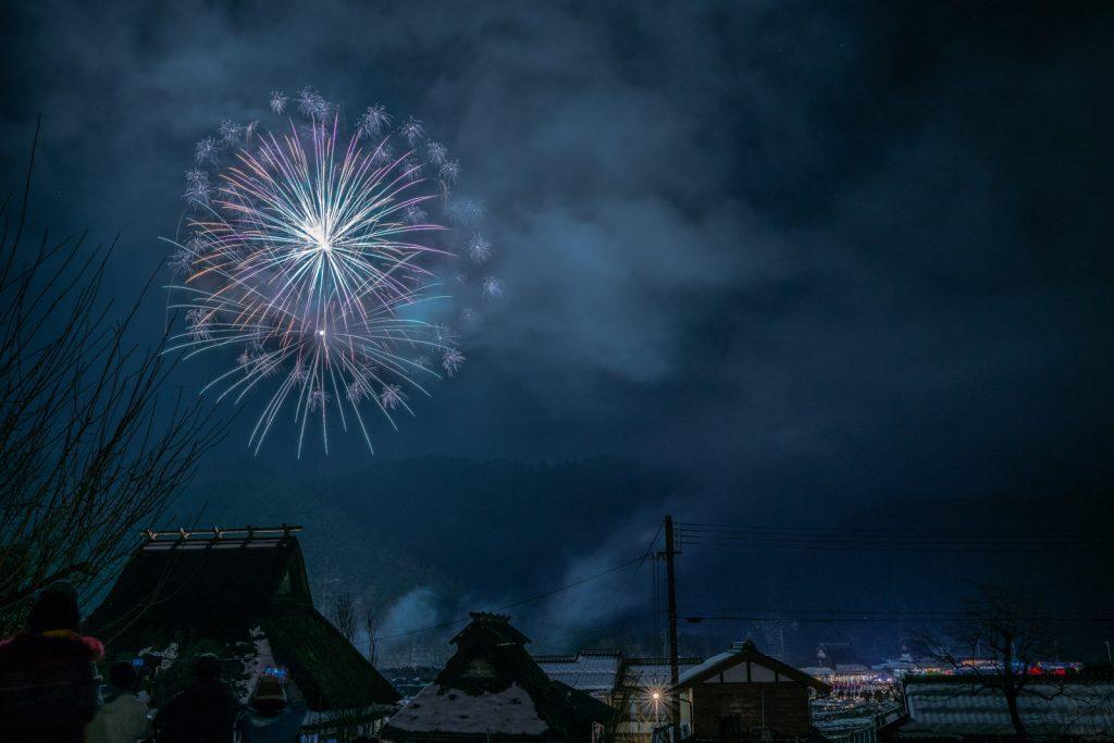 雪灯廊の打ち上げ花火