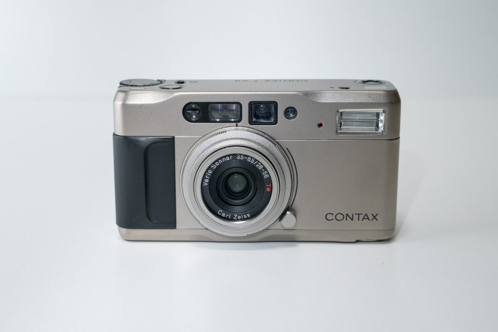CONTAX TVS 正面