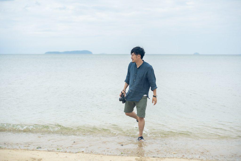 海が似合う男性