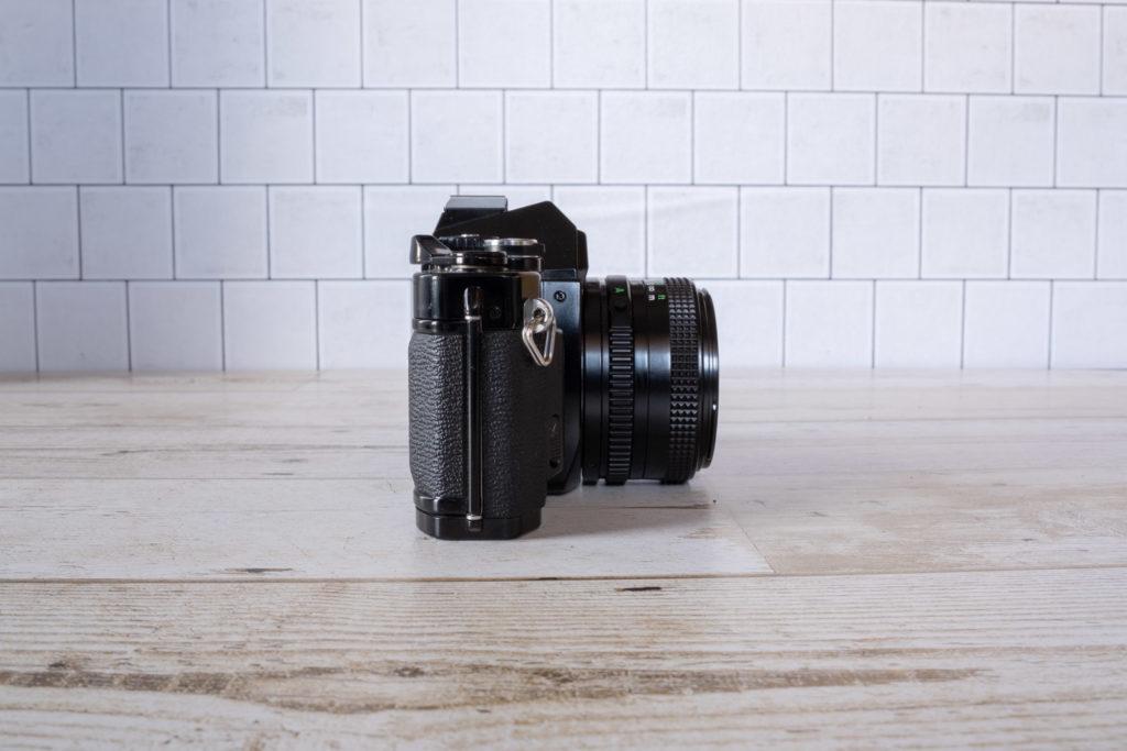 Canon AV-1 外観