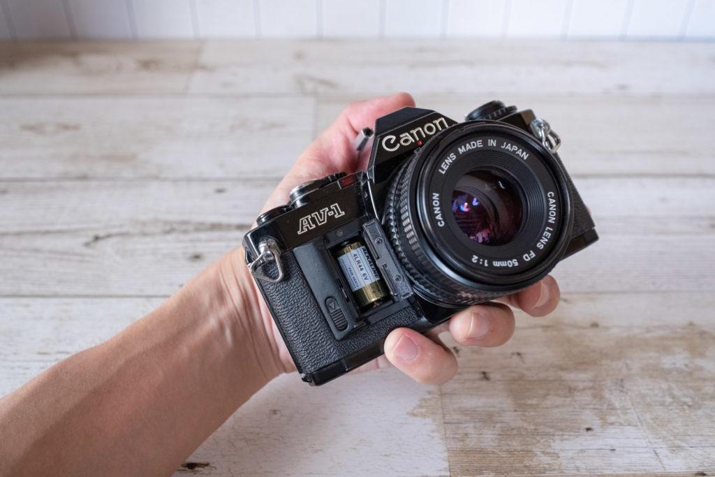 Canon AV-1 電池ボックス