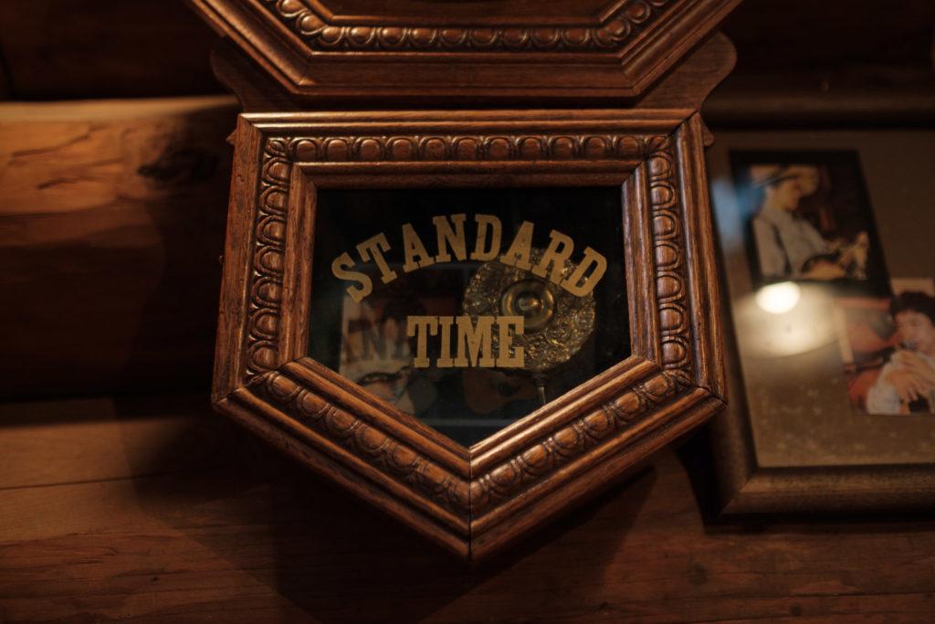 おじいさんの古時計 内観